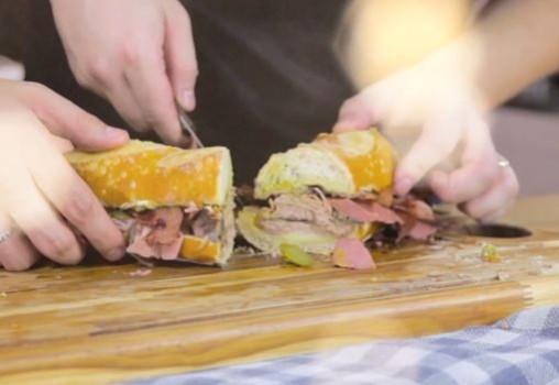 Sanduíche de Carne do Joey