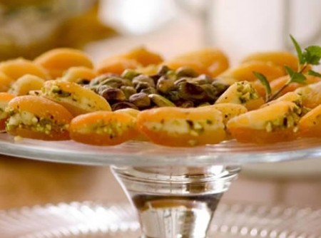 Damasco com cream cheese e gorgonzola