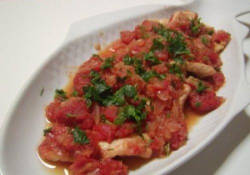 filete de pescada com tomate