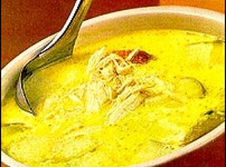 Sopa de Frango a Moda Oriental