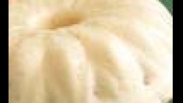 Mousse de Abacaxi em Calda