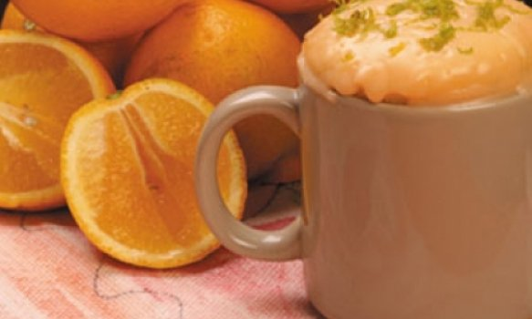 Bolo de caneca (sabor laranja)