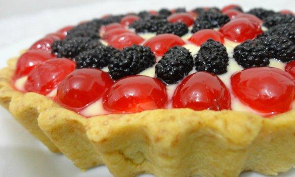 Torta de Amoras e Cerejas