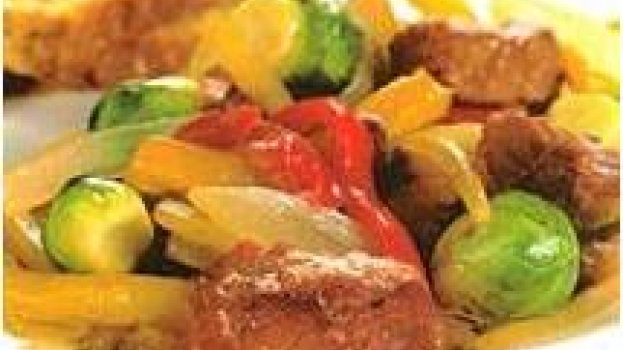 Tiras de Carne e Legumes