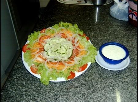 Salada de Pepino com Tomate e Cenoura