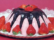 Torta Mousse de Morango com Cobertura de Chocolate | Luiz Lapetina