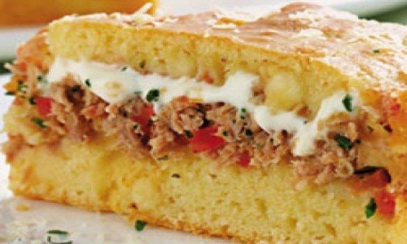 Torta de atum e queijo