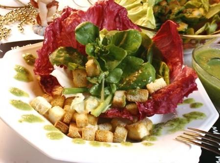 Salada de três folhas com Crôutons e Pesto | Douglas Tadeu Aby Saber Filho
