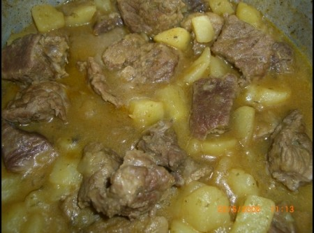 Carne Ensopada com Batatas | Patrícia Radaic