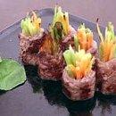 Gyuniku Yasai-Maki (Rolinho de Carne com Vegetais)
