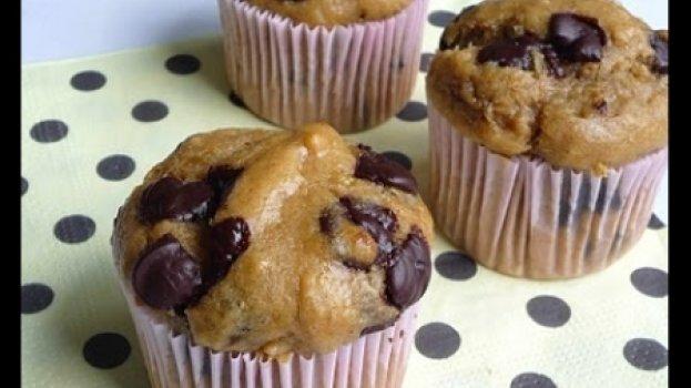 Muffins de Banana, Manteiga de Amendoim e Chocolate