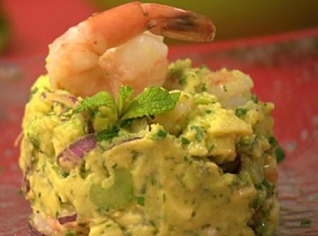Salada de camarão com abacate e hortelã | Valéria Lotufo