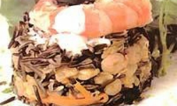 Salada de Arroz Selvagem com Camarão e Molho Cremoso de Limão