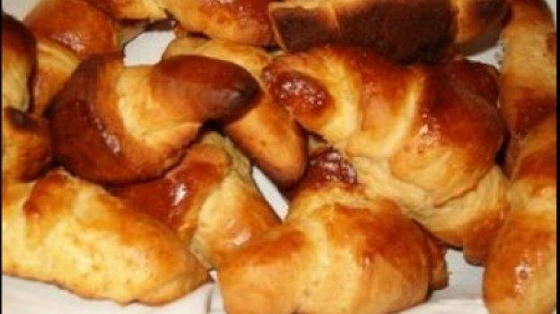 Mini Croissant de Queijo e Presunto