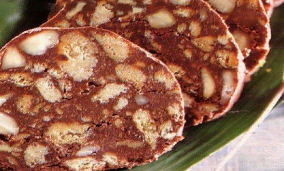 Salame de Chocolate com Amêndoas
