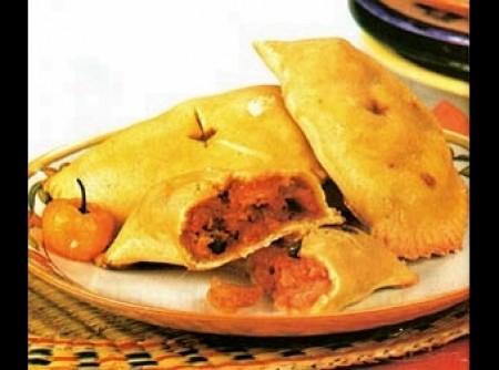 Empanadas de peixe e camarão