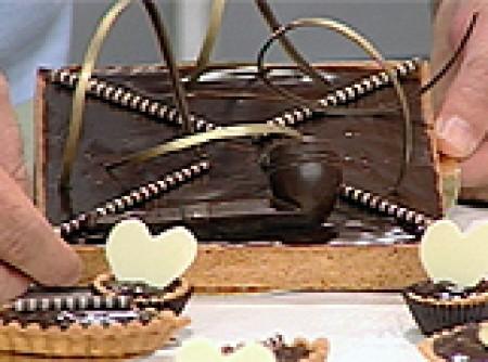 Torta de Chocolate com Geleia de Damasco
