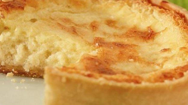 Quiche de peito de peru com queijo