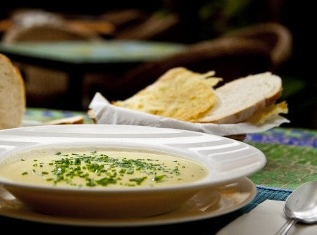 Sopa de batatas e alho-poró | Priscylla Santos