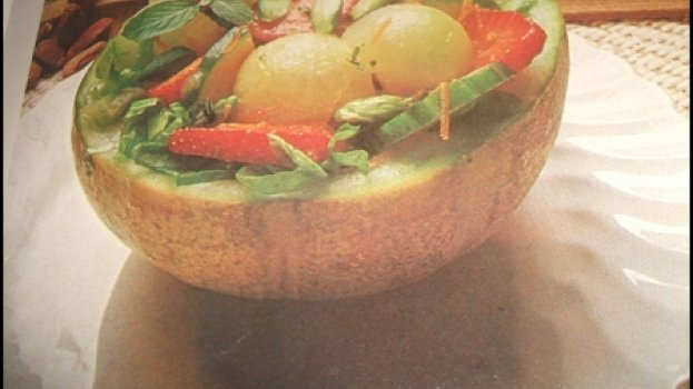salada de abacate com grapefruit