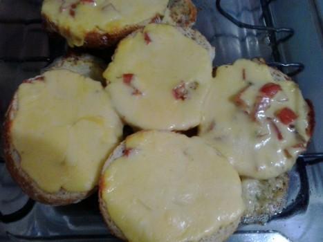 Crostini de Parma   Elaine V. Creatto