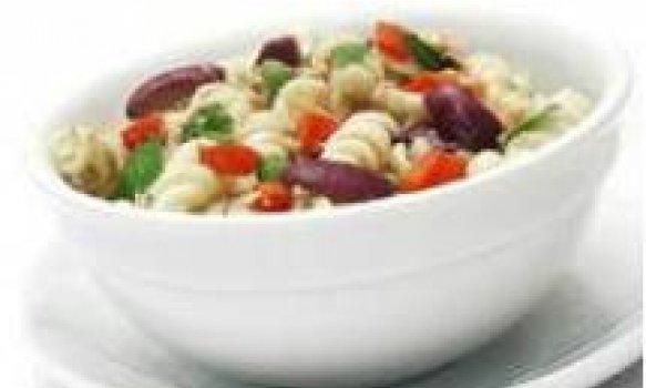 Salada de Macarrão Integral com Atum