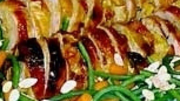 Rolinhos de peru com damasco mel e mostarda