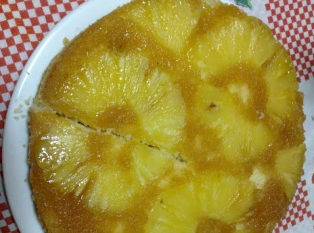 Bolo de abacaxi com maionese
