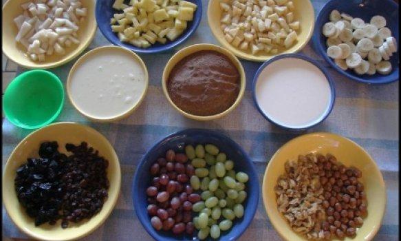 Salada de frutas chocolatada