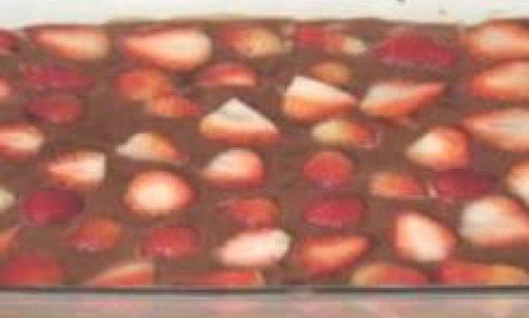 Delícia de chocolate e morango