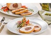 Peito de Ave Fiesta Recheado de Linguiça e Salada Crocante
