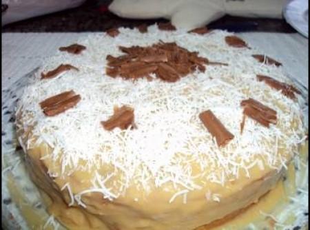 Bolo de Coco Com Gotas de Chocolate