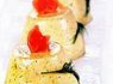 Mousse de salmão defumado com endro e raiz-forte