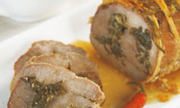 Carne recheada com queijo e espinafre