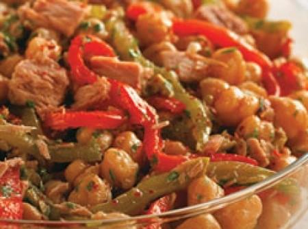 Salada de grão-de-bico com atum | CyberCook