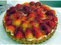 Torta de Morangos com Geleia de Laranja
