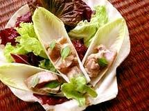 Salada de Folhas com Atum Marinado