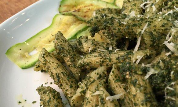 Pesto de Folhas de Cenoura