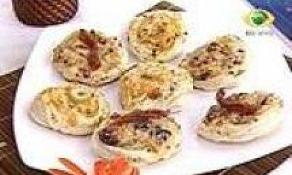 Cestinha Crocante Folhada de frango e parmesão