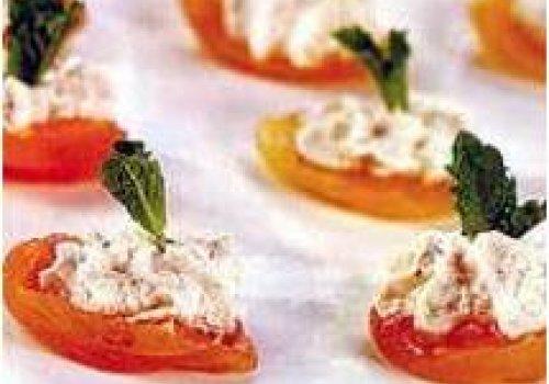 Damasco com pasta de queijo sírio