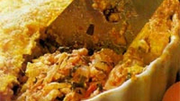 Torta cremosa de frango e milho