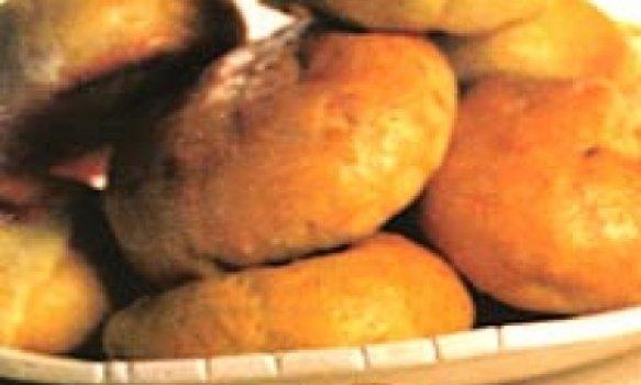 Pão de batata com requeijão