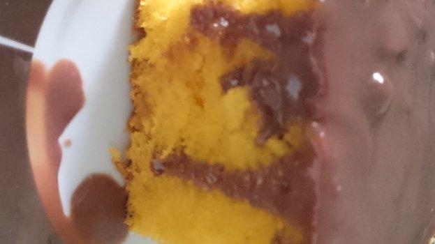 Bolo de Cenoura com Ganache de Chocolate