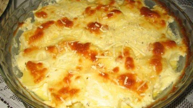Batatas Gratinadas com Provolone