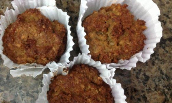 Muffin de Linhaça, Castanha do Brasil e Banana (sem glúten)
