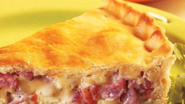 Torta de queijo e linguiça