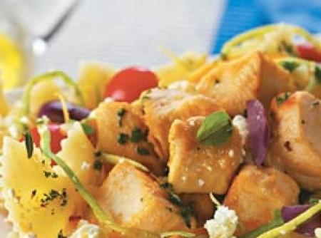 Salada de Macarrão com Frango e Abobrinha