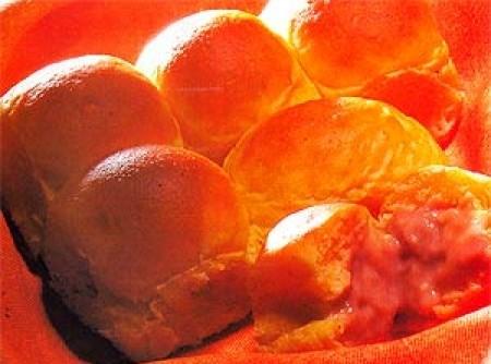 Pão de cenoura recheado de chocolate