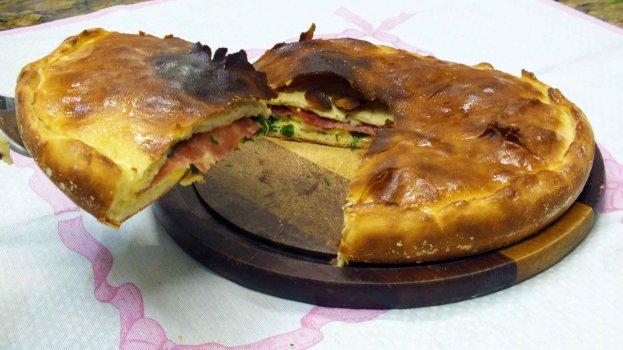 Escacheda - Pão Agridoce de Salame e Queijo Minas
