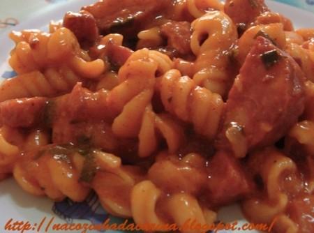 Macarrão de Panela de Pressão com Carne Moída